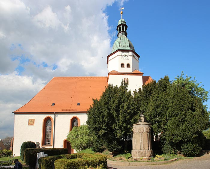 Kirche Döben